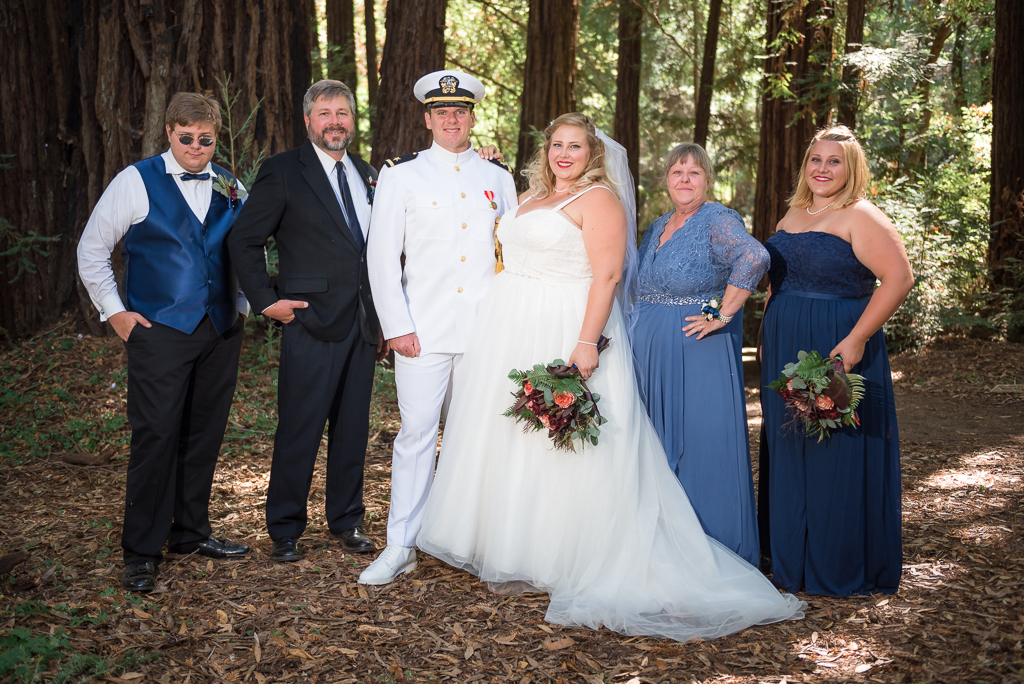 Family portrait with the bride's family.